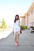 white vintage shorts - red Mango bag - red Zara heels - white H&M top