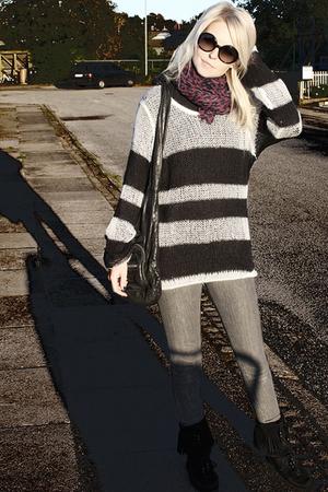Bik Bok sweater - superfine jeans - Louis Vuitton scarf