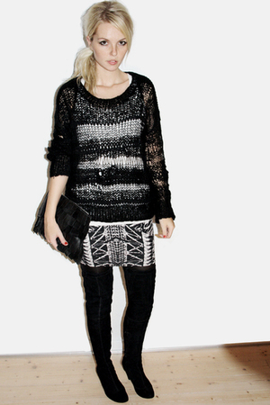 Topshop sweater - Friis & Co boots - Friis & Co accessories - Topshop skirt