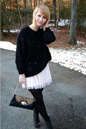 black thrifted sweater - pink Charlotte Russe skirt - black random tights - blac
