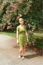 green kohls dress - white Charlotte Russe dress - black Nine West shoes