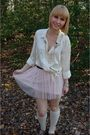 White-thrifted-oldnavy-shirt-pink-charlotte-russe-skirt-gold-papaya-necklace