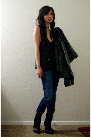 Mommy coat - Marley top - 7 for all mankind jeans - Guess boots