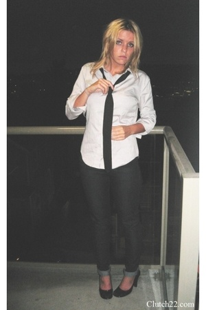 American Apparel shirt - American Apparel tie - Forever21 jeans - XOXO shoes
