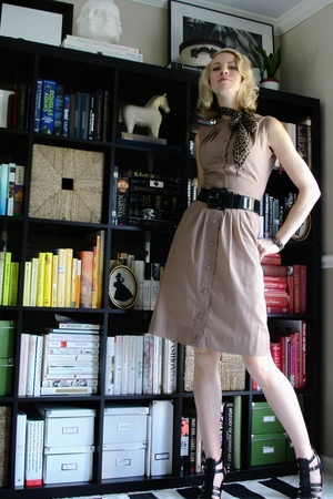 dress - belt - Nine West shoes