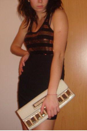 black Mango shirt - black H&M skirt - beige Guess purse - black R&F shoes