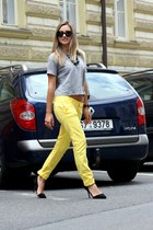 yellow Dsquared2 pants - black Ralph Lauren sunglasses