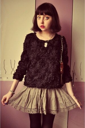 Sheinside blouse - Chanel bag - Jaymie Jewerly necklace - vintage skirt