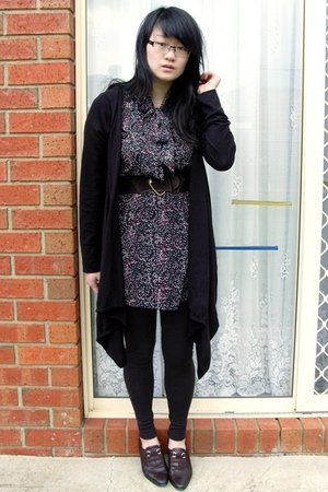 dress - basque - leggings - shoes - Glassons belt