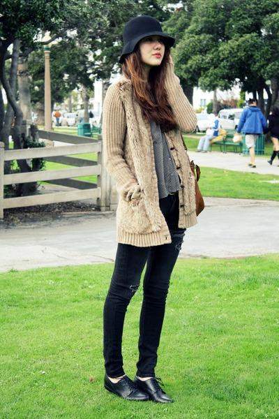 camel Zara sweater - black Forever 21 hat - heather gray modcloth top - black Ur