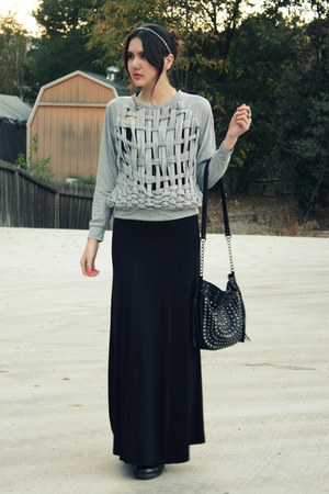 heather gray MinkPink from Tilly Boutique sweater - black H&amp;M skirt - black Cole