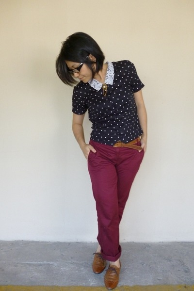 black unk top - tawny thrifted belt - maroon pants