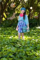 blue printed skater thrifted vintage skirt - black Kagui boots