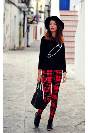 black Parfois hat - black choiescom sweater - ruby red tartan Forever 21 pants