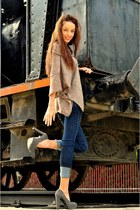 beige Ikks coat - navy pda jeans - heather gray xti heels