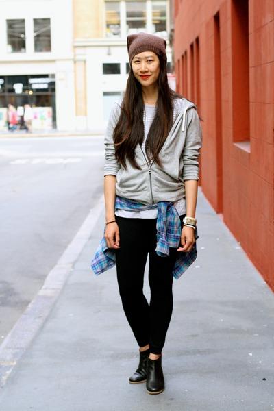 heather gray sleeveless awwdore top - black Rachel Comey boots