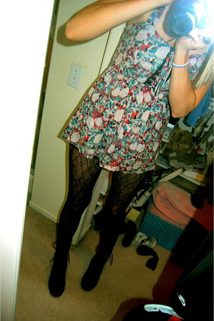 Forever 21 top - Coconuts boots