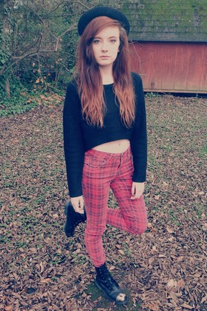 black cap toe combat Forever 21 boots - red tartan Forever 21 jeans