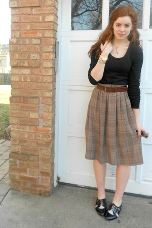 light brown skirt