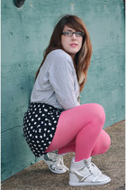bubble gum Target tights - black Target shorts - silver River Island sneakers