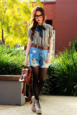 dark brown vintage bag - cream lita Jeffrey Campbell boots