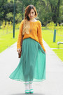 Mustard-roxy-sweater-brown-vintage-bag-turquoise-blue-no-brand-skirt