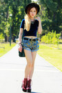 Navy-american-apparel-top-brick-red-jeffrey-campbell-boots-green-h-m-bag