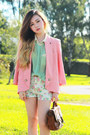 Cream-fascue-shorts-peach-forcast-blazer