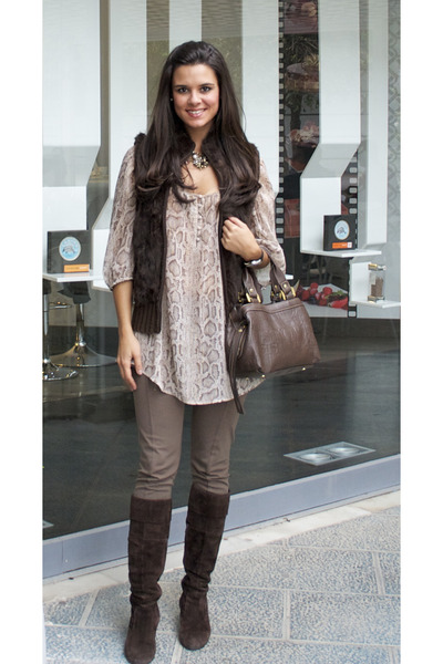 Sfera boots - Tous bag - H&M blouse - BLANCO vest - Forever 21 necklace