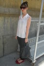 White-vintage-from-my-mothers-closet-blouse-black-hm-jeans-red-hazel-shoes-