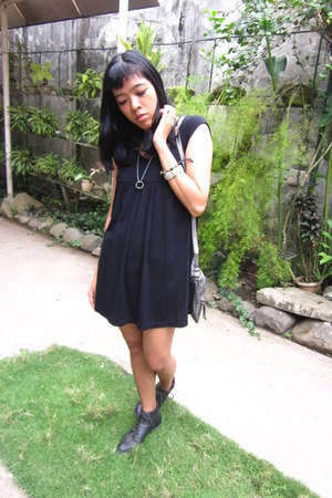 black laced ups Forever21 boots - black vintage dress - silver Ninewest bag
