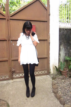 white white sparkleshop via multiply dress - black Forever21 boots