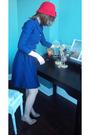 Blue-vintage-dress-red-winners-hat-beige-shoes