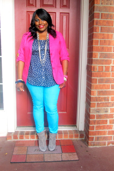 hot pink METROSTYLE blazer - turquoise blue skinny Forever 21 jeans