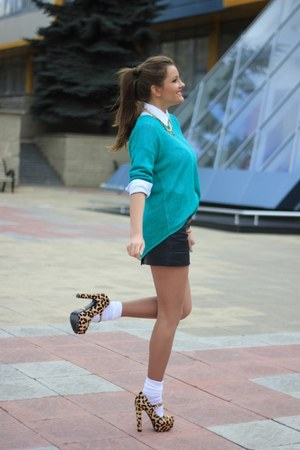 BONE necklace - Mia May shoes - Mango sweater - united colors of benetton shirt