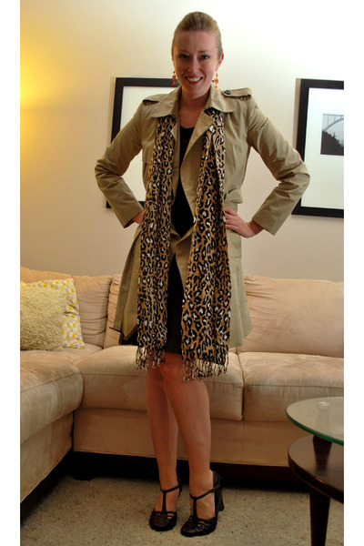 beige banana republic coat - brown Synergy Organic dress - orange banana republi