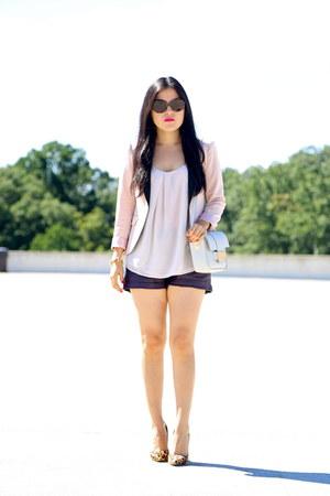 H&M blazer - H&M bag - Forever 21 shorts - Gap blouse - Toni Bianco heels