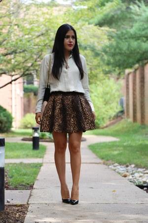 Zara skirt - Berneys New York bag - Christian Louboutin heels