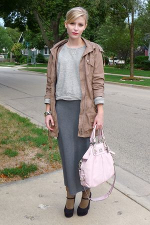 gray maxi Forever 21 skirt - black Forever 21 shoes - green parka 212 jacket