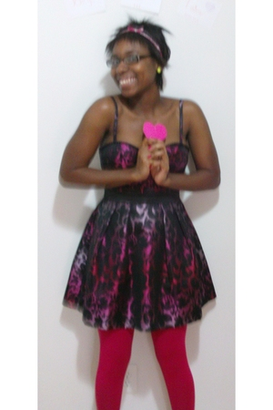 red Forever 21 dress - pink Forever21 tights - pink Forever 21 accessories