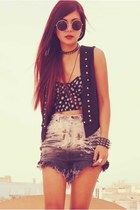 black Forever 21 top - charcoal gray vintage shorts - black vintage vest