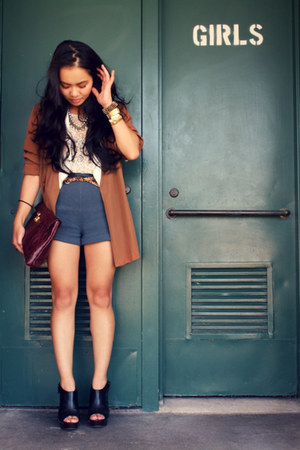H&amp;M shorts - vintage blazer - Forever 21 shirt - Dolce Vita clogs