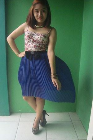 navy blue skirt - Gold Random Accesories accessories