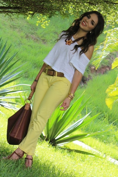 light yellow Zara jeans - ivory Forever 21 shirt - brown Lucky Brand bag