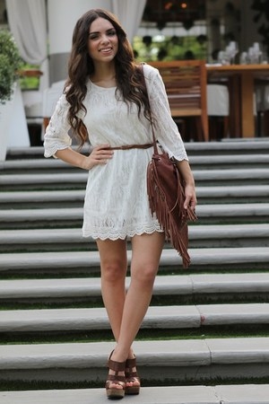 white lace H&amp;M dress - brown fringe Mimi Boutique bag - brown mia shoes heels