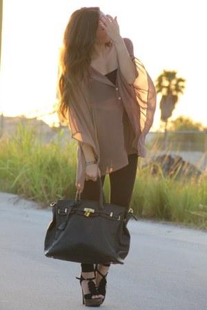 black Mimi Boutique bag - black Express leggings - tan Furor shirt