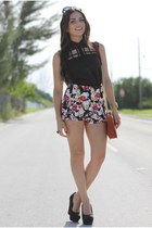 ruby red floral romwe shorts - brick red baghaus bag