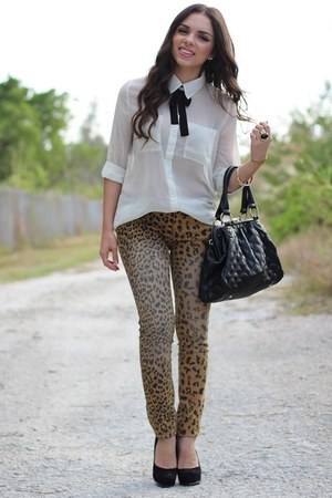 white Forever 21 shirt - black Mimi Boutique bag - black Steve Madden pumps