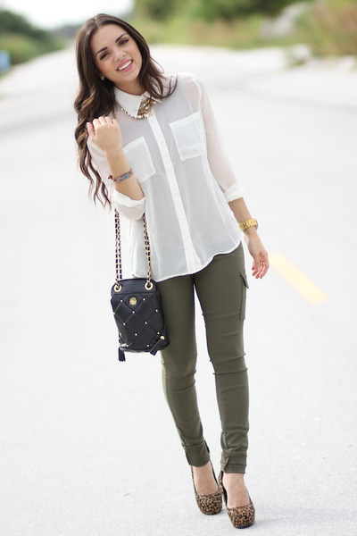 dark brown Aldo pumps - white Forever 21 shirt - black vintage bag