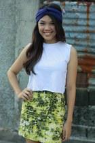 top - skirt - hair accessory